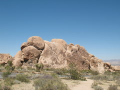 Rock Climbing Photo: Pixie Rock, Joshua Tree.