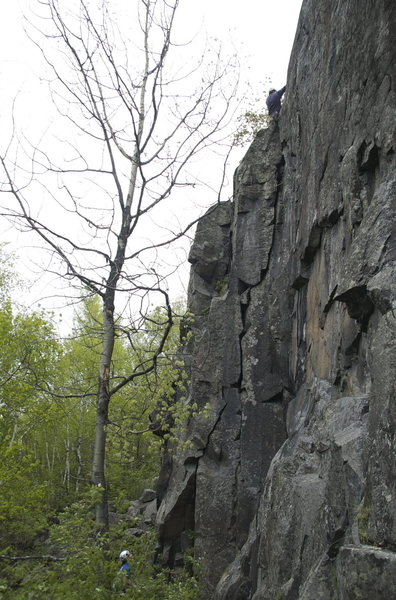 Rock Climbing Photo: Corner Geometry from a ledge about 50 feet (and 20...