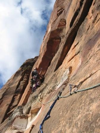 Pitch 1. A red alien is key for the crux. A fall will put you on the ground.