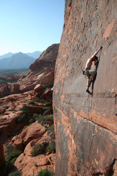 Rock Climbing Photo: Roberto De La Riva on Running Man. Mar '09
