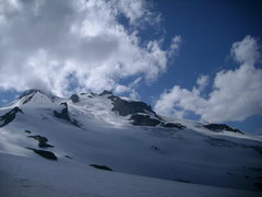 Rock Climbing Photo: Looking up at Glacier Peak from Chocolate Creek ba...