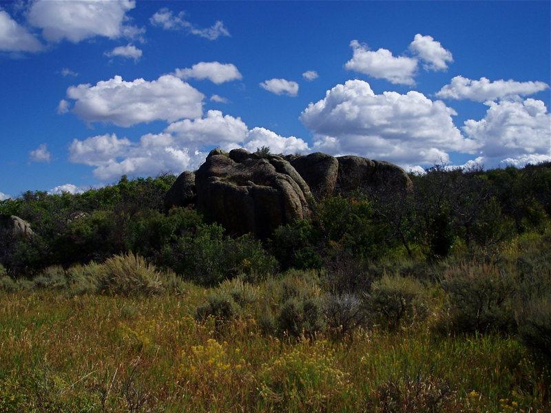 Marmot Rocks bouldering area on the South Rim.