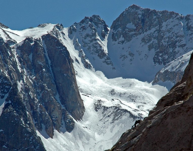 Large buttress and couloir, Pine Creek highcountry