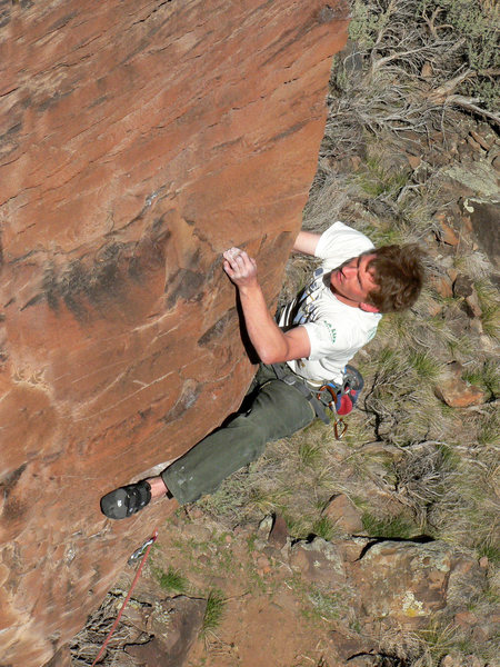Rock Climbing Photo: Solid heel hooking at the crux.