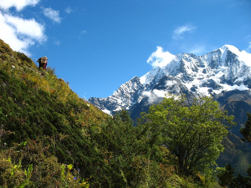 the long (nine day) walk to base camp.