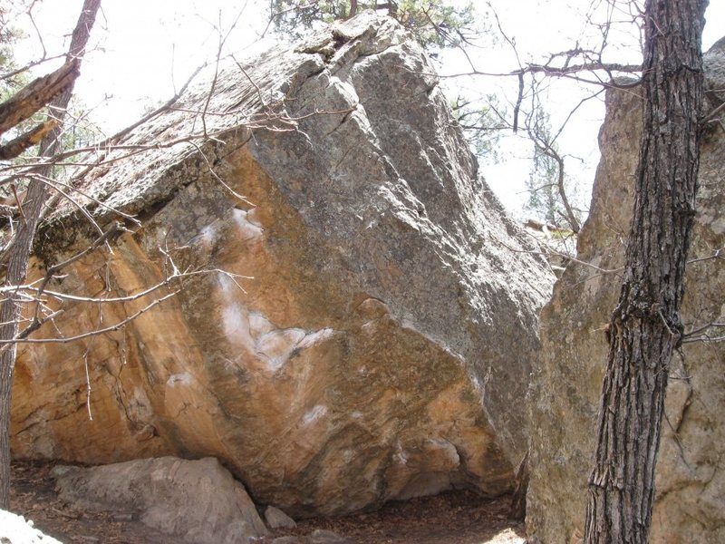 Rock Climbing Photo: Boulder near the petrified boulder.