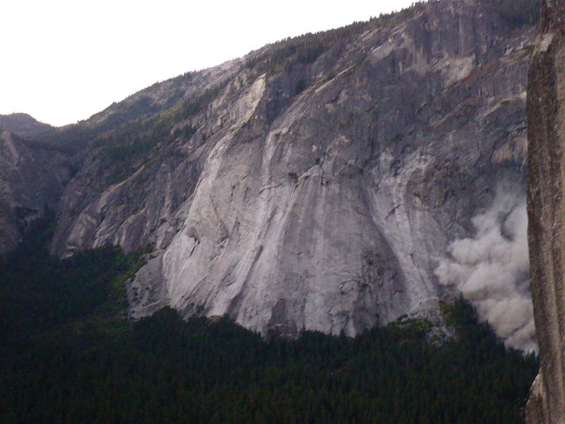 Rock Climbing Photo: Large rockfall on Glacier Point, fall 2008 as seen...