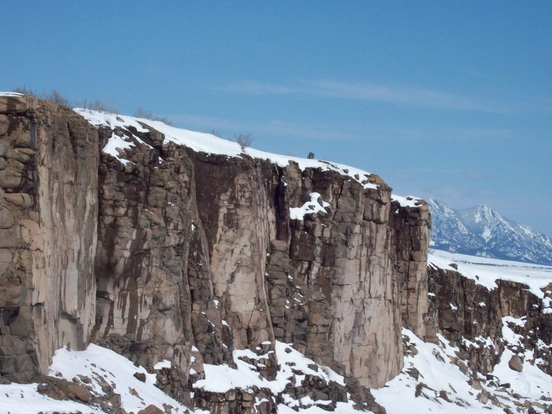 Rock Climbing Photo: From left to right, Moon Scape Wall, Sunrise Wall ...