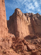 Rock Climbing Photo: What is this? It's directly uphill (east) of Kingf...
