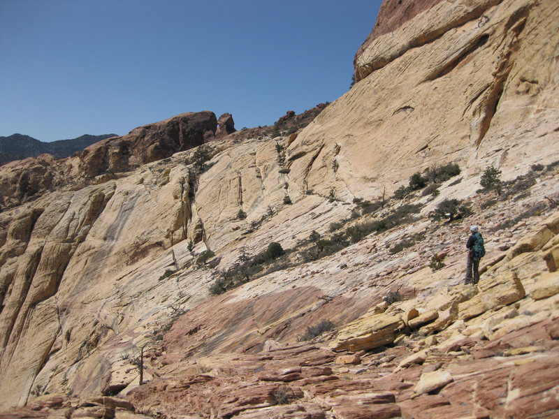 Rock Climbing Photo: Head northwest to this red notch, just right of th...