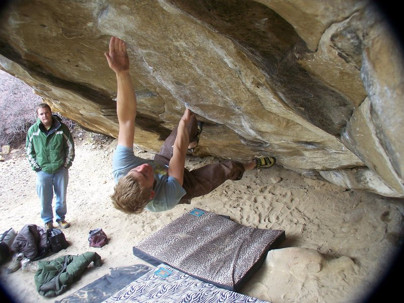 Rock Climbing Photo: Big reach on Big Joe