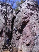 Rock Climbing Photo: Rhoads starting up Thoroughfare.