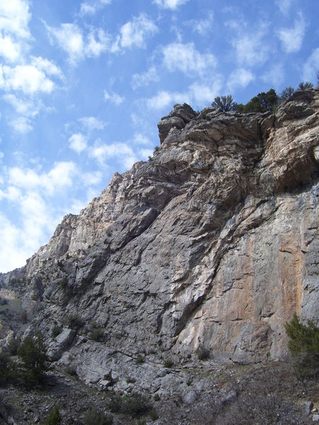 Rock Climbing Photo: A nice view of the left side of the wall. Tristan ...