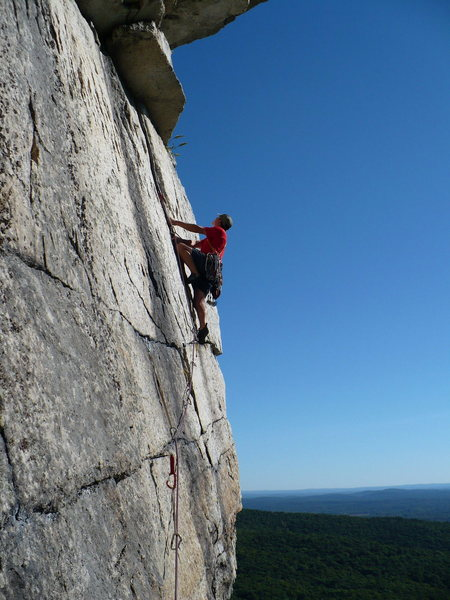 Rock Climbing Photo: Gunks, CCK, P3 on a spectacular day.