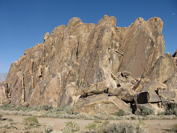 Rock Climbing Photo: Cattle Pocket Main area from inside the Cattle Poc...
