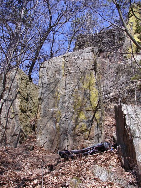Rock Climbing Photo: 401 Boulder