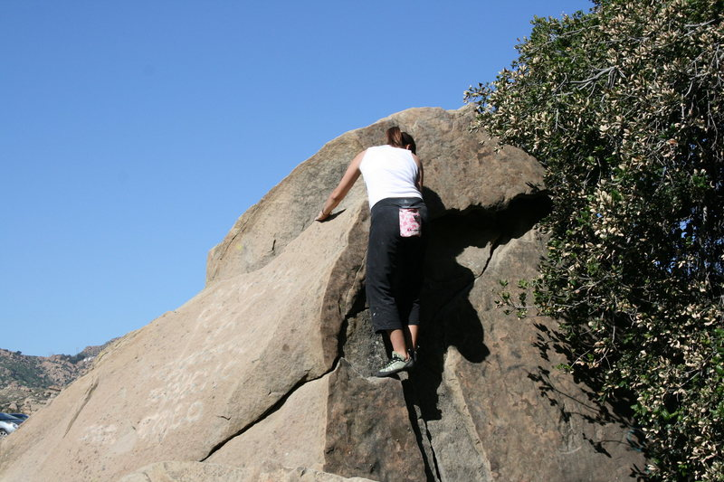 Rock Climbing Photo: Agina just about to top out on Jam Rock.