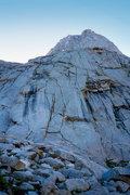 Rock Climbing Photo: Start of route - parallel cracks or dihedral on th...