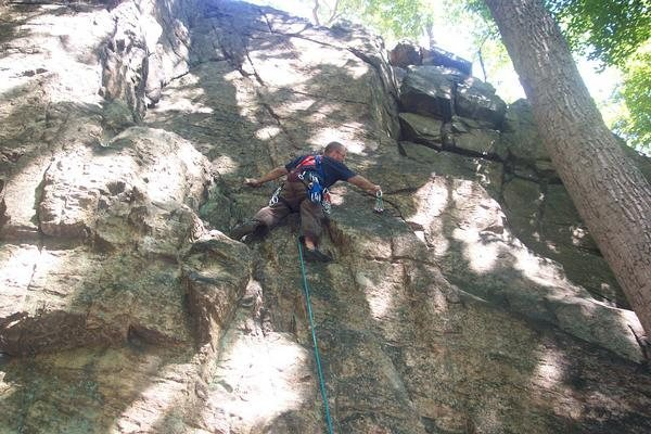 Rock Climbing Photo: Joey leading 'Unamed' 5.7