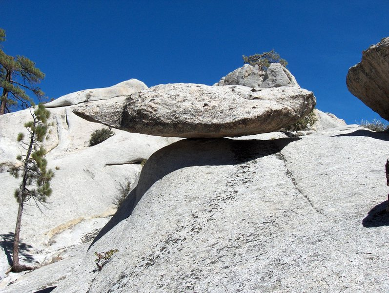 Rock Climbing Photo: Balanced rock near Mt San Jacinto