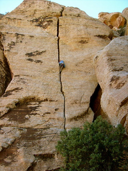 Rock Climbing Photo: Josh Audrey on an early attempt of Honcho Imposter...