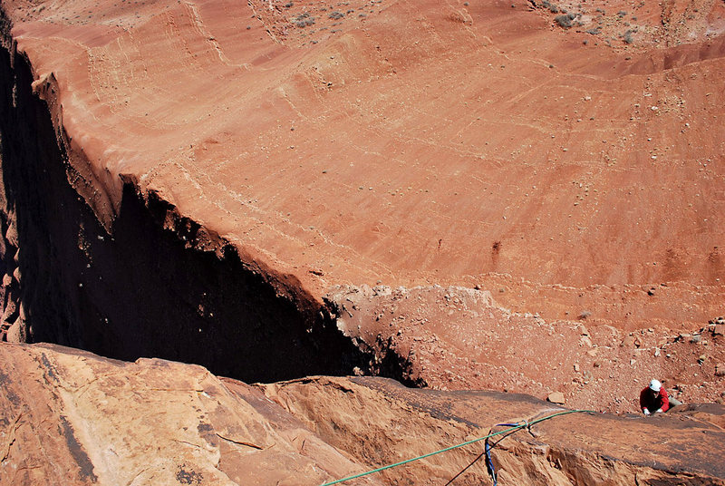 Rock Climbing Photo: Steve Tweito coming up pitch 4.  Nice view of the ...