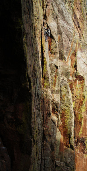 Rock Climbing Photo: Matt Lloyd  Onsight free soloing w/ rope. Linking ...