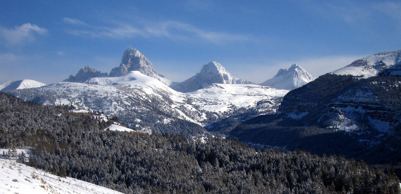 Rock Climbing Photo: Tetons from the west in Jan.