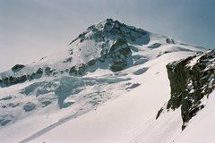Rock Climbing Photo: Elliot Glacier in April 09, Saturday Afternoon