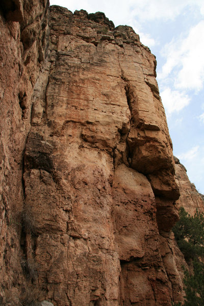 Rock Climbing Photo: Tatty anchors on top right and left.  Lone low bol...