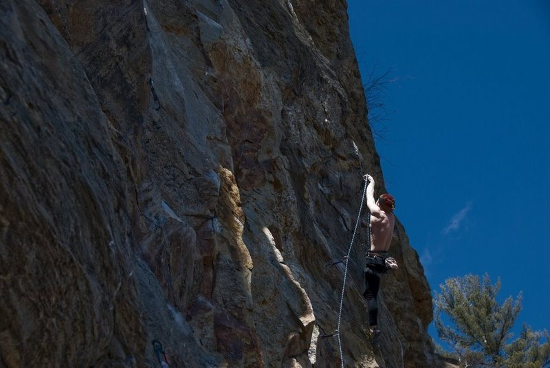 Rock Climbing Photo: clipping on the crux of Peanut Man, great route