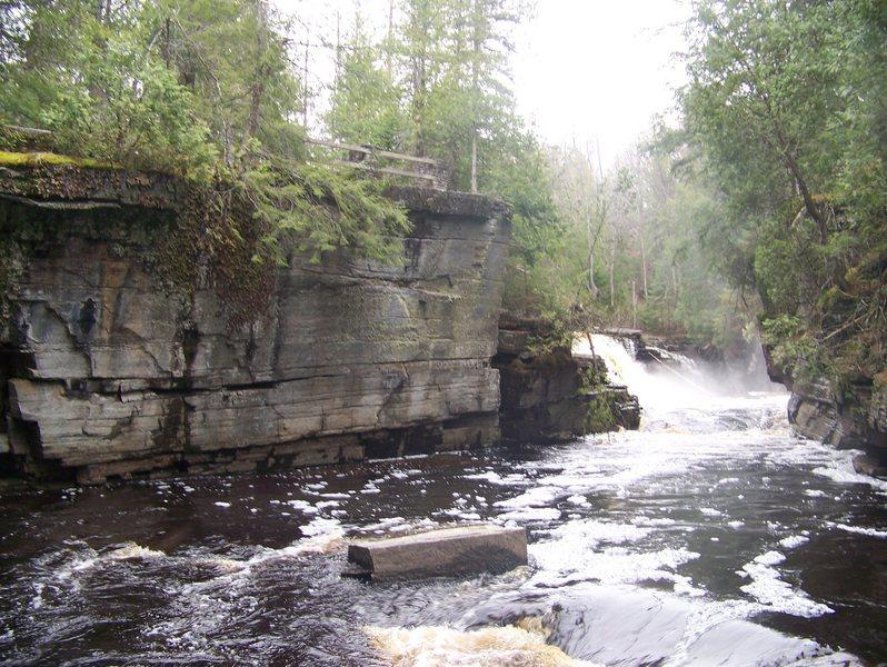 Rock Climbing Photo: The overlook area