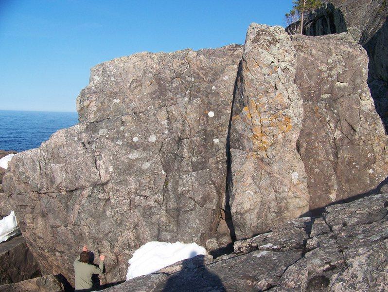 pinacle boulder