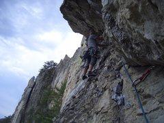 Rock Climbing Photo: Wikswo leading the P2 traverse.