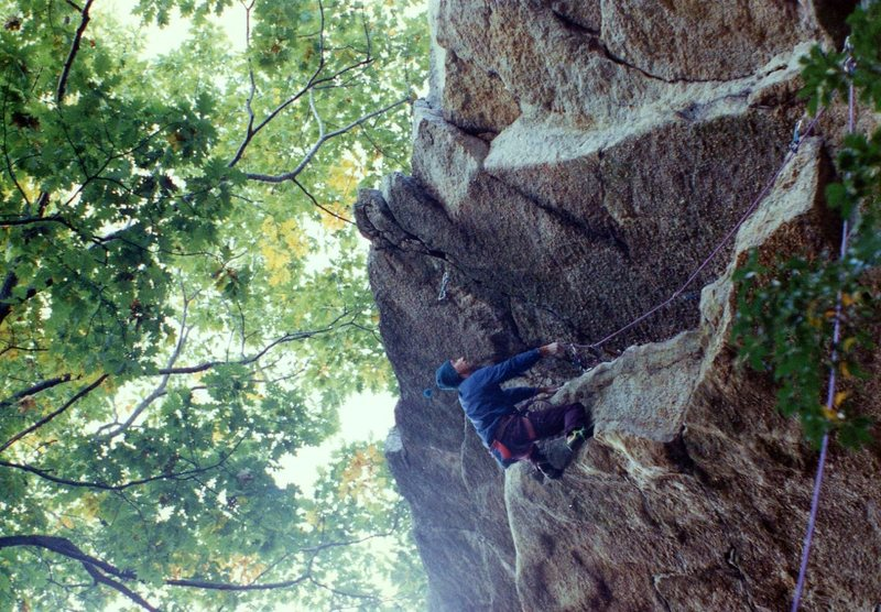 Rock Climbing Photo: Infinite Space 5.12a, Gunks 10/9/94