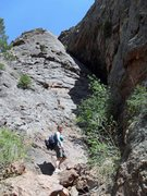 Rock Climbing Photo: Brenda on the very short approach to Crack Paralle...