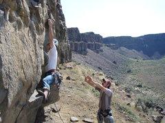 Rock Climbing Photo: The fun, thuggish start.  River View Wall, .10-