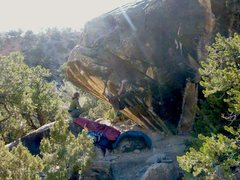 Rock Climbing Photo: Yup, that's me doin' a mellow V4 in Joe's Valley '...
