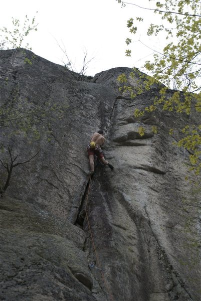Rock Climbing Photo: Getting into the crux section