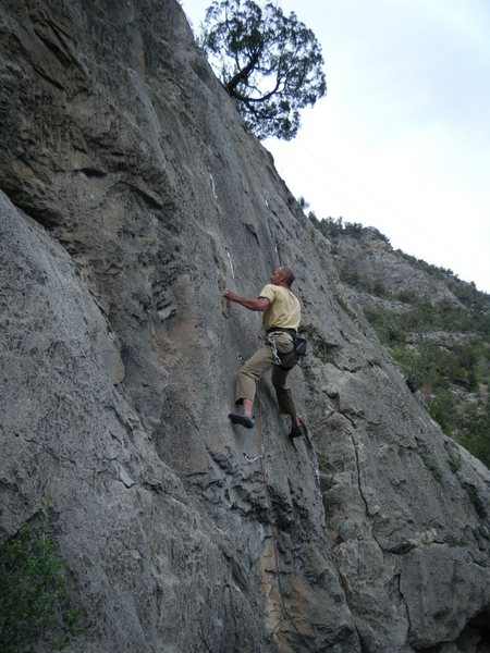 Stay True (5.11) at the Puoux, Glenwood Canyon.