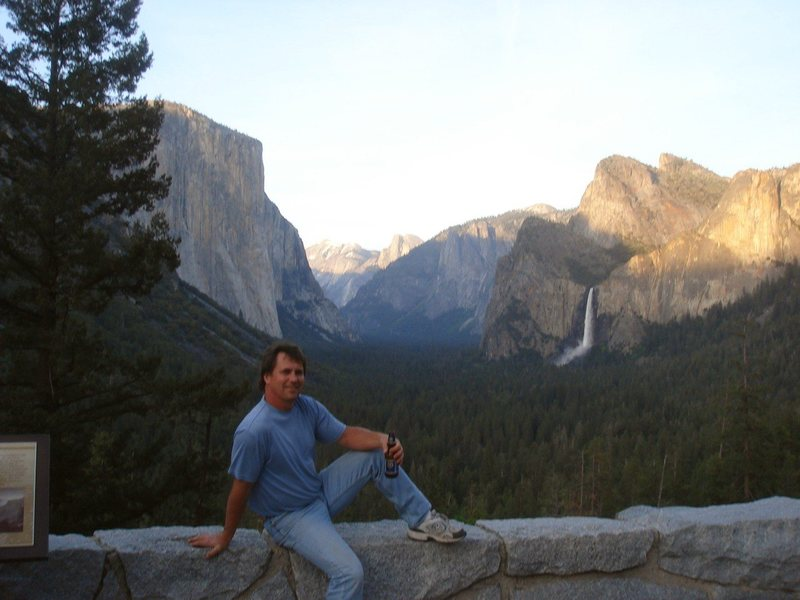 Day 6 - Man, it's hard to go home.  End of the last day, Yosemite Valley bathed in the late afternoon glow, from Inspiration Point.<br> <br> Photo by Joe V.