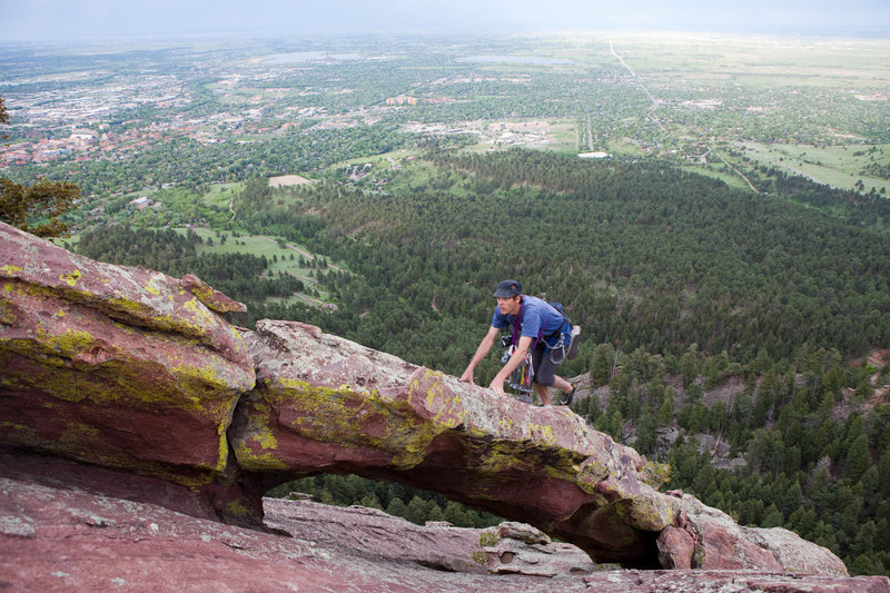 Rock Climbing Photo: Mike crossing the arch on the SE Arete of the Seco...