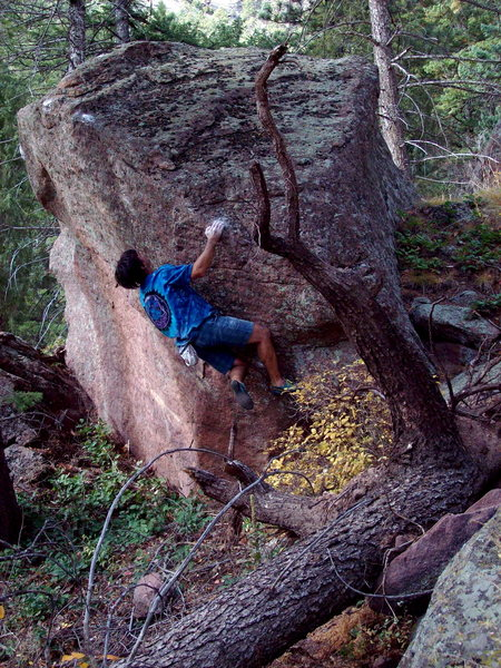 Bouldering a new in Skunk Canyon.