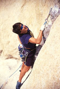 Rock Climbing Photo: Lisa Pritchett on Pinched Rib 5.10b, Joshua Tree N...