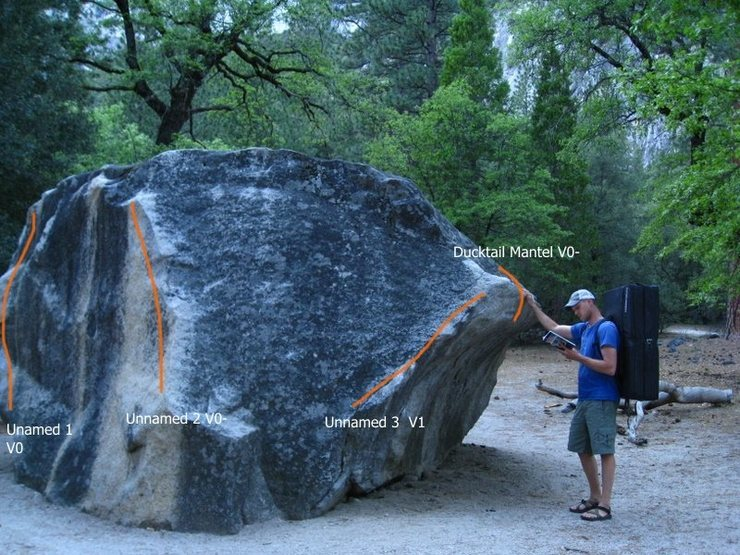 Rock Climbing Photo: South side Bridwell boulder topo