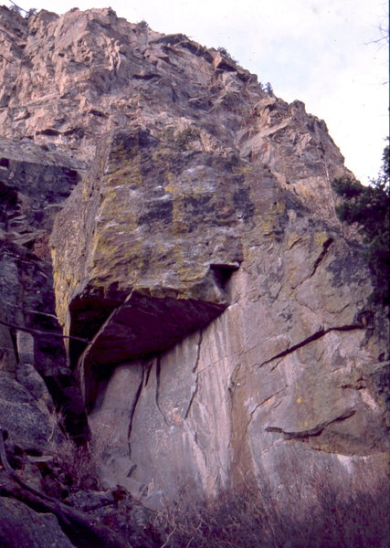 Rock Climbing Photo: The Wrong Block, on approach to formations.