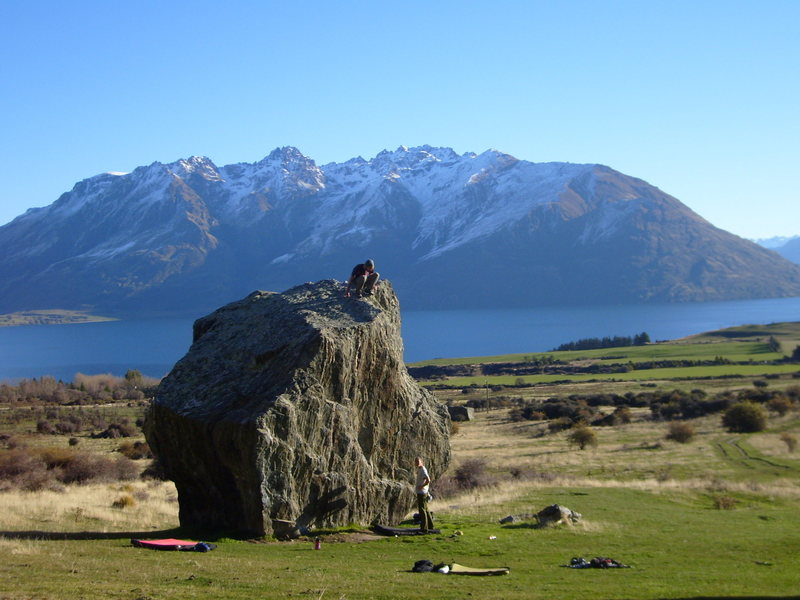 microchip boulder, lake wakatipu behind...one of few shots that show enough of the boulder to define the location.