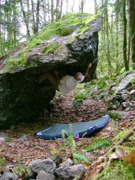 Rock Climbing Photo: The Roof Boulder