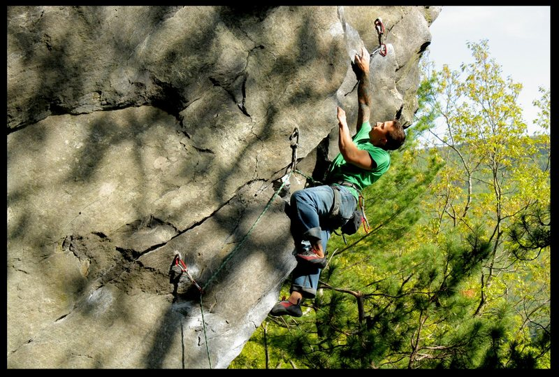 Rock Climbing Photo: social outcast/rumney
