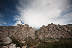 Rock Climbing Photo: Overview of Pine Creek's main climbing areas with ...